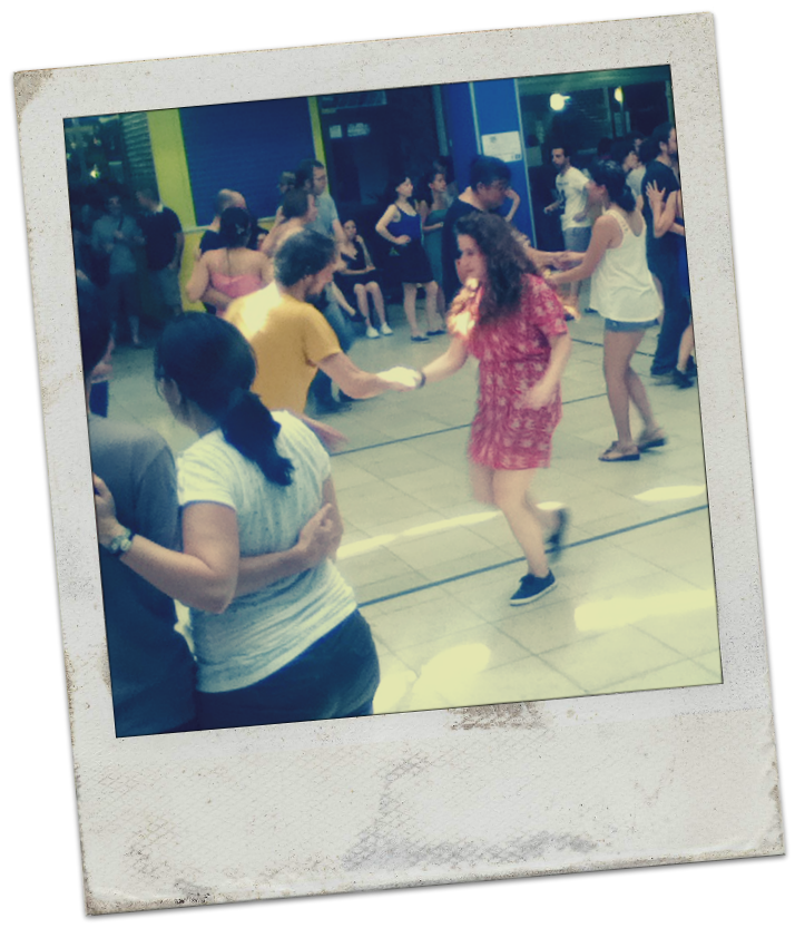 Swing dancers, San Fernando Mercado